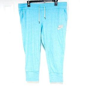 Nike Capri Track Pants
